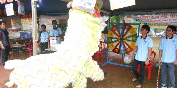 MYC-fundraising_OHCC_16th Open House Charity Carnival-2