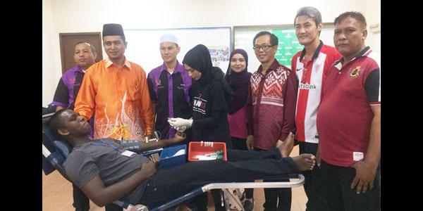 MYC-aboutus_co-curricular_Blood-Donation2